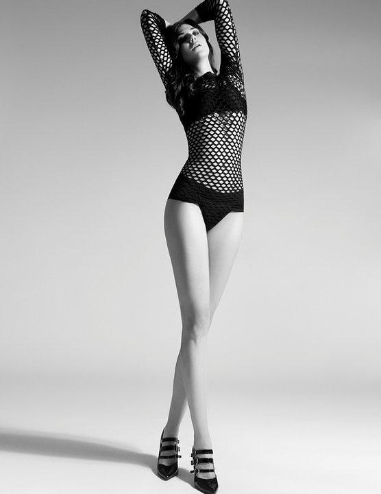 Female model photo shoot of Katheryn McGaffigan