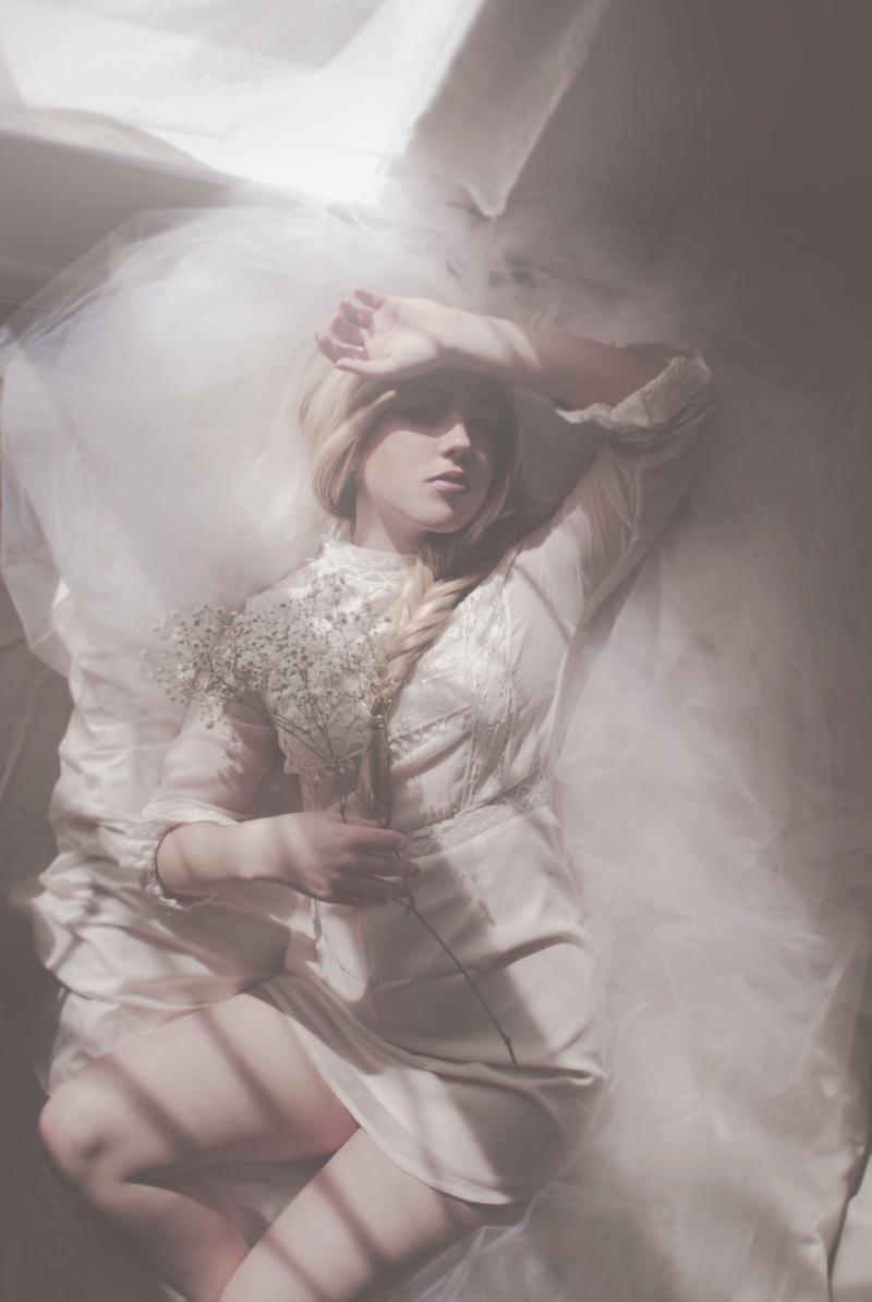 Female model photo shoot of ElizabethJean-Official by Alexandra Blackburn