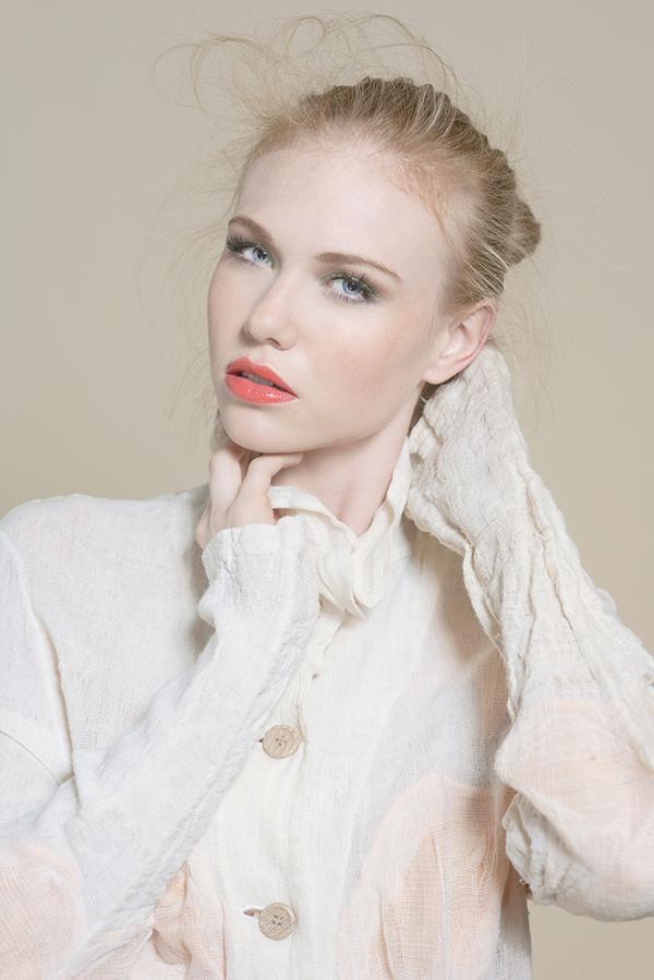 Female model photo shoot of devin joplin