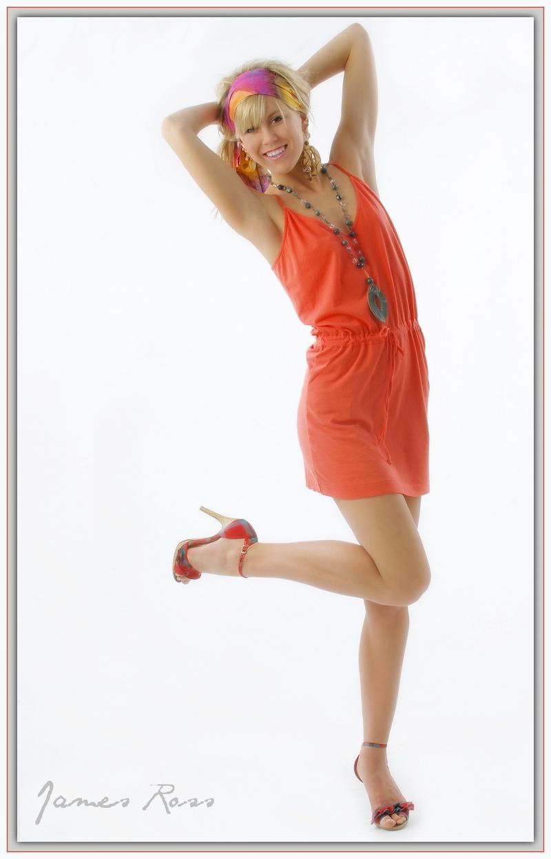 http://photos.modelmayhem.com/photos/141019/19/5444769c7b154.jpg