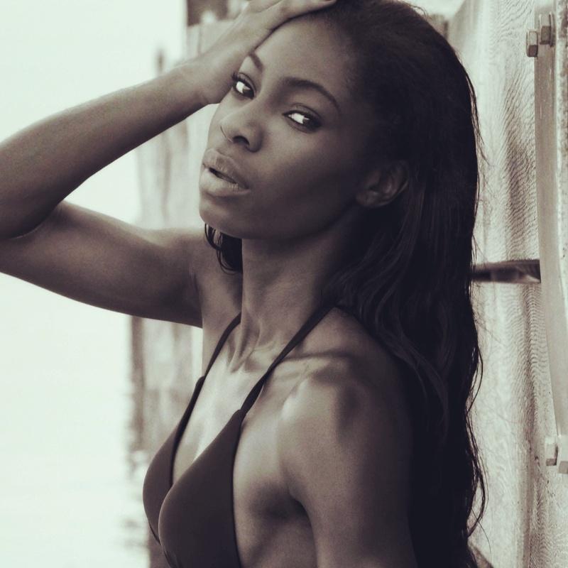Female model photo shoot of Odette Campbell