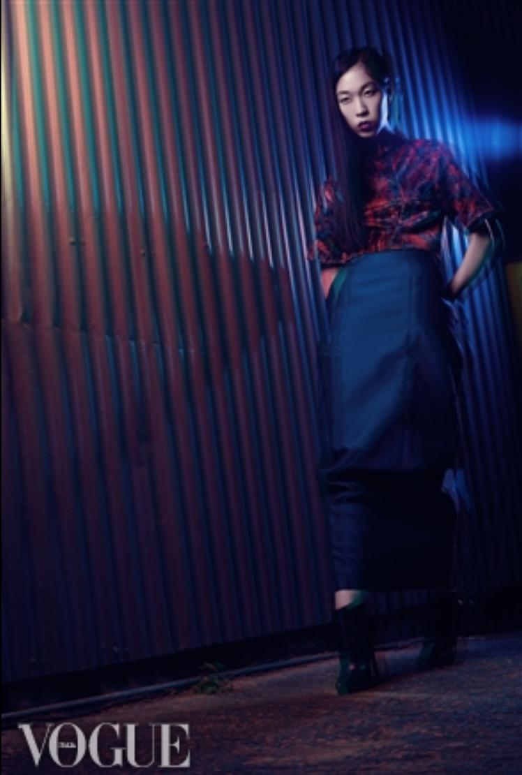 Female model photo shoot of Morgan Collyer-Jones