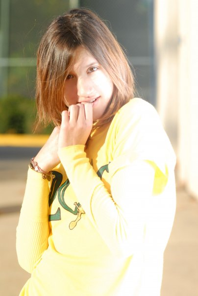 Female model photo shoot of Nisaaa