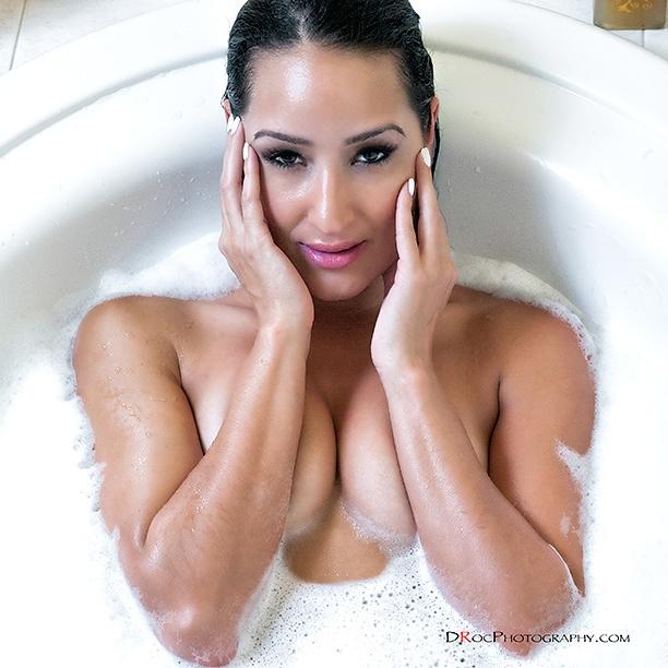 Female model photo shoot of EricaN