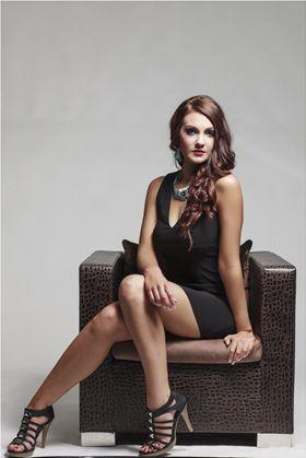 Female model photo shoot of ChaneBerghorst