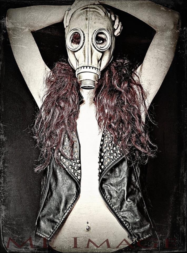 Female model photo shoot of Lexie Gutzmer