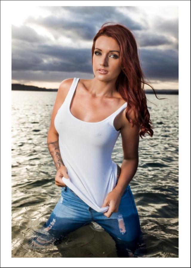 Female model photo shoot of Danielle Gavin