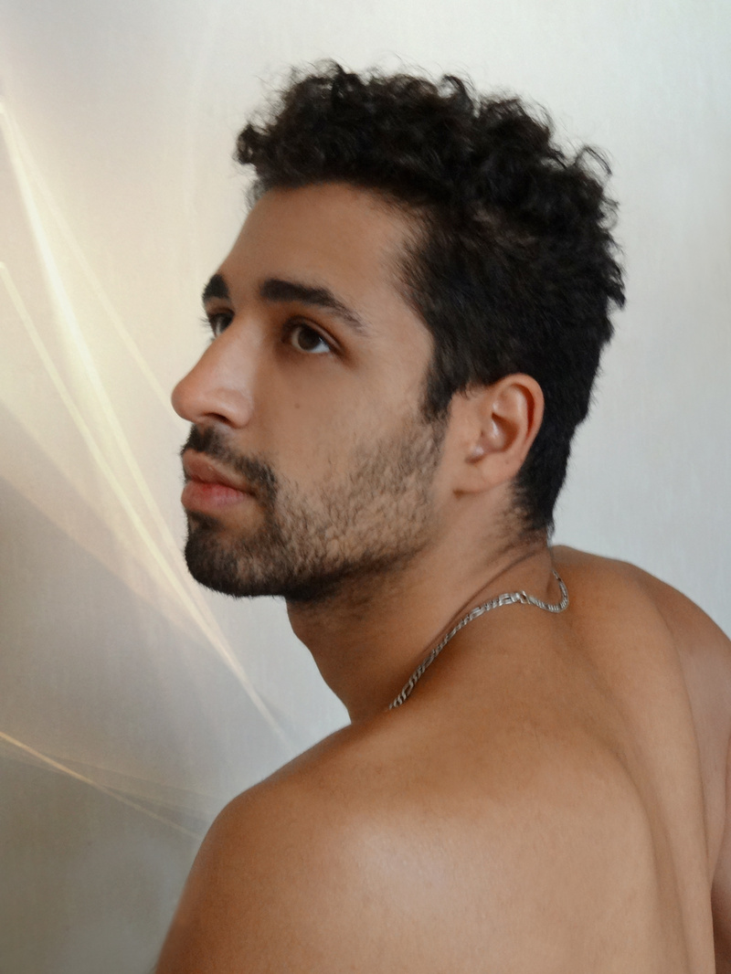 Male model photo shoot of Marco Paulo from Paris