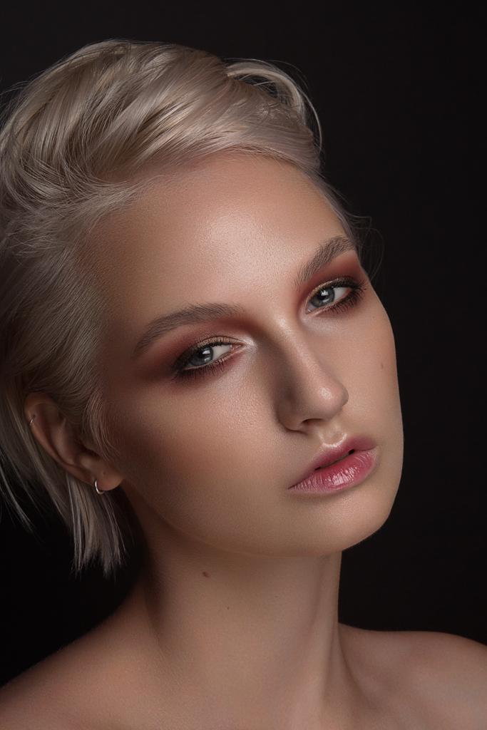 Female model photo shoot of Yevgenija Stypka