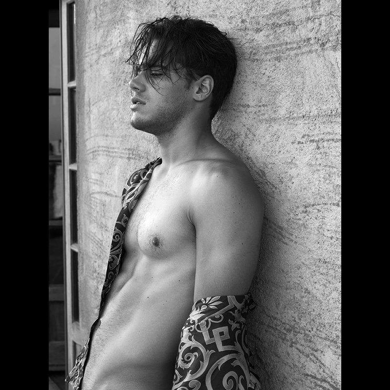Male model photo shoot of Scott Hoover Photo in Malibu, CA