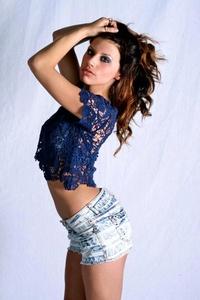 http://photos.modelmayhem.com/photos/150110/00/54b0dd75d700b_m.jpg