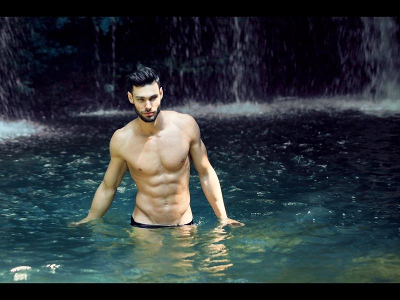Male model photo shoot of Matthias Rabbione