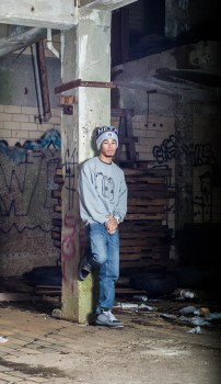 Male model photo shoot of lwash931
