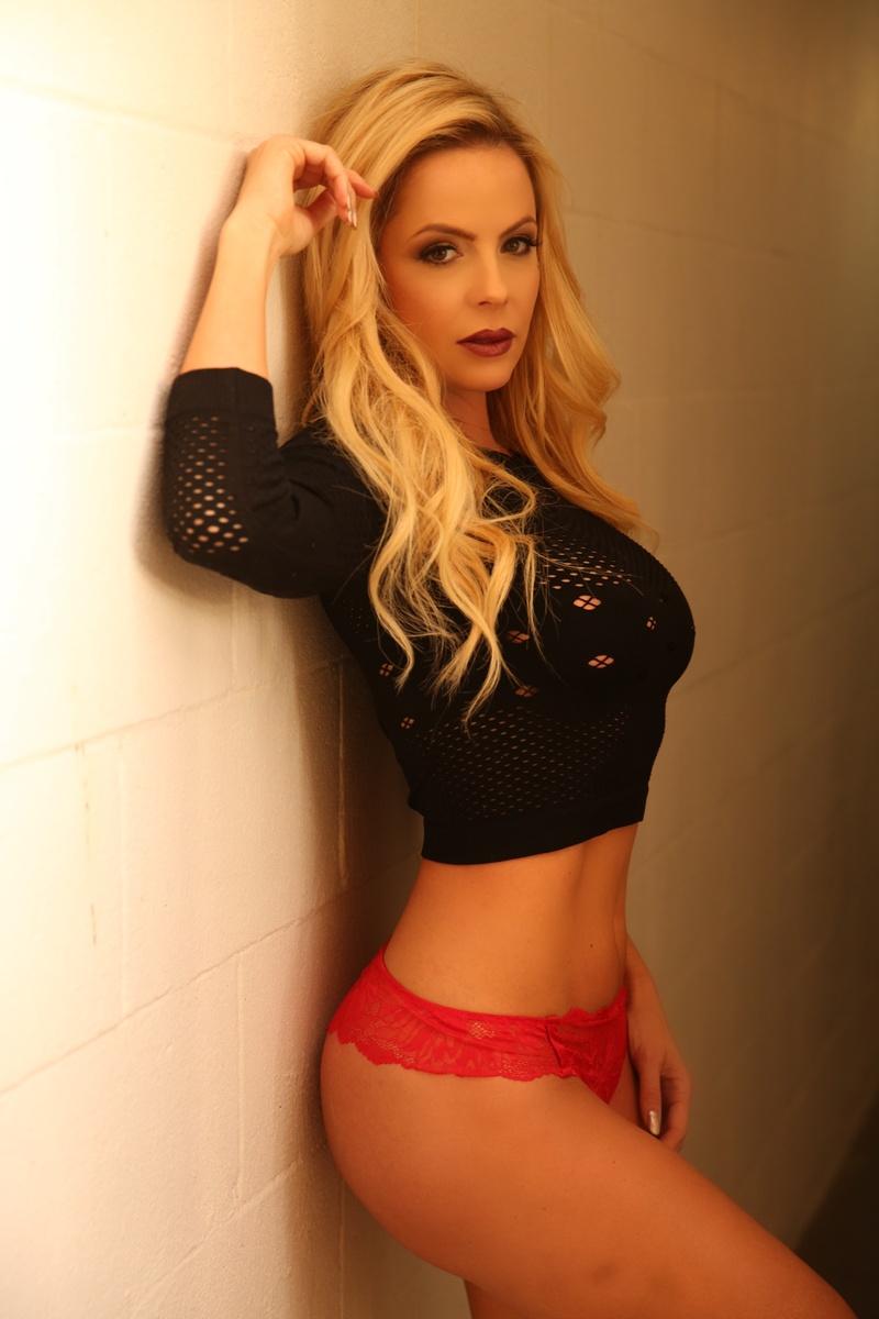 Female model photo shoot of mishelt in OC