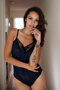 Kelly Davis where professional models meet model photographers - modelmayhem