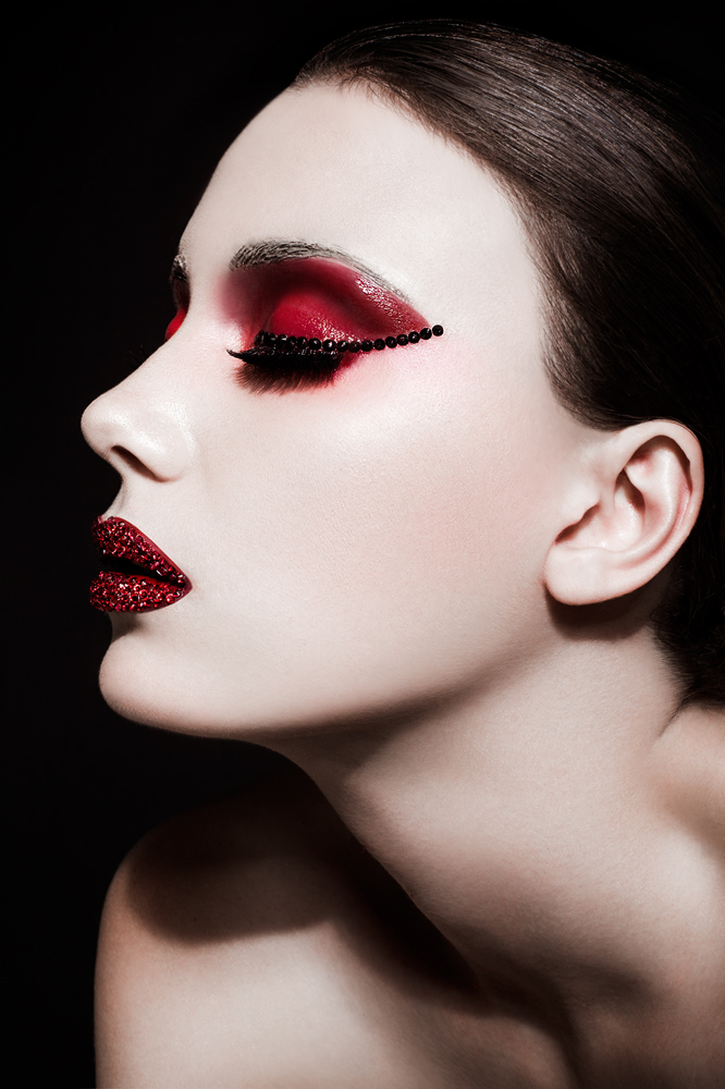 Female model photo shoot of Diya M