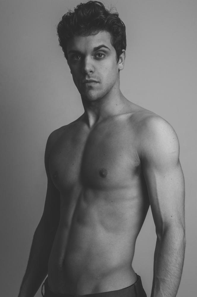 Male model photo shoot of Christopher Trindade