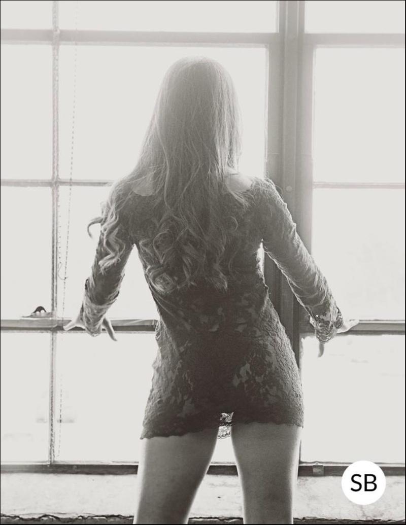 Female model photo shoot of c_luzmira by sbphoto42