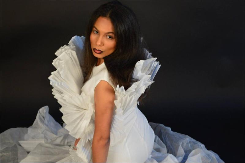 Female model photo shoot of Jadehr