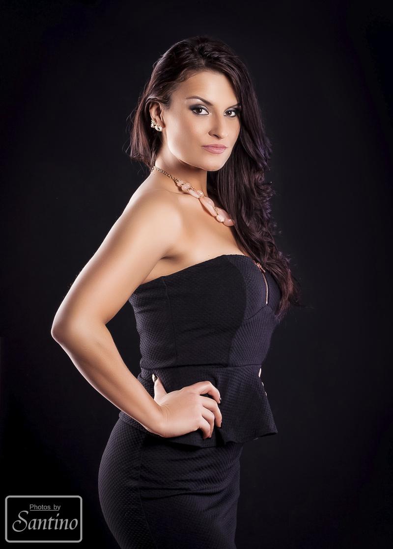 Female model photo shoot of ngarcia8411 in Bay City, MI