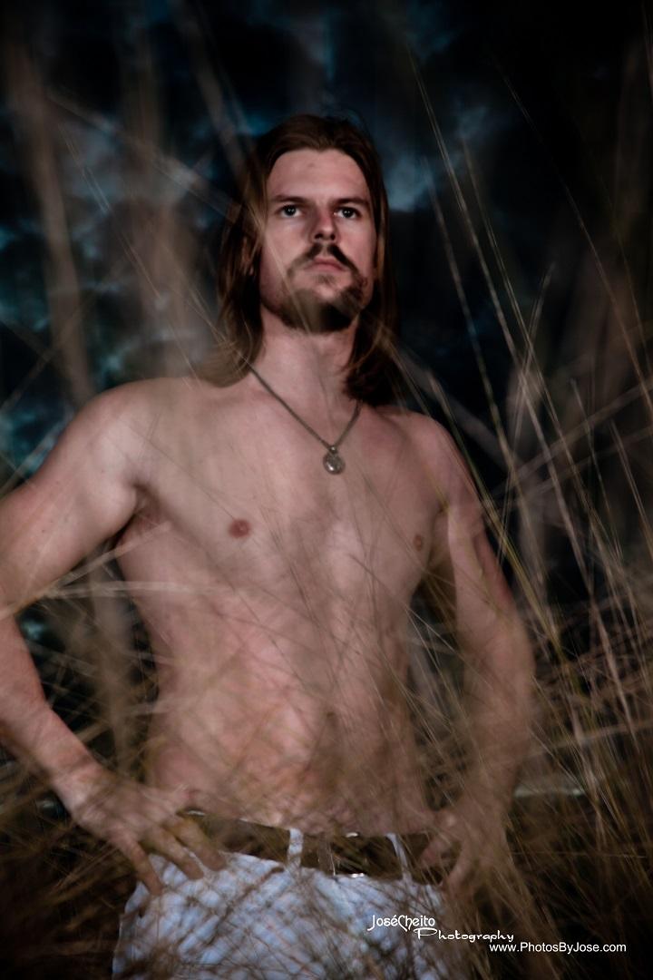 Male model photo shoot of ChrisTPA by JoseCheito Photography