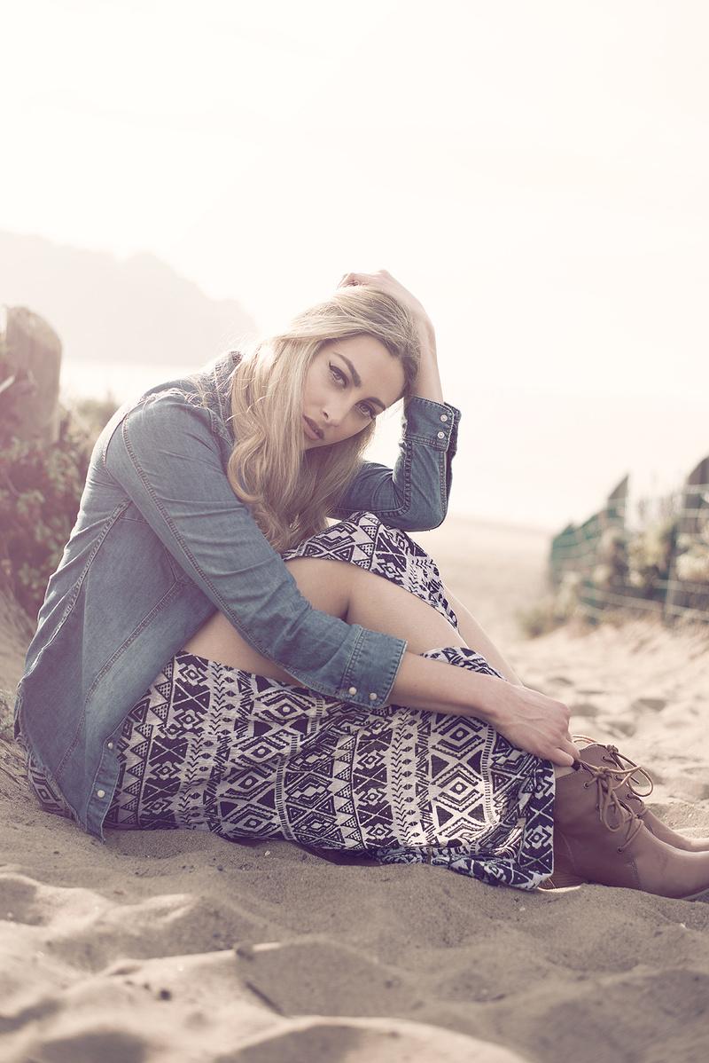 Female model photo shoot of Erica Bennett