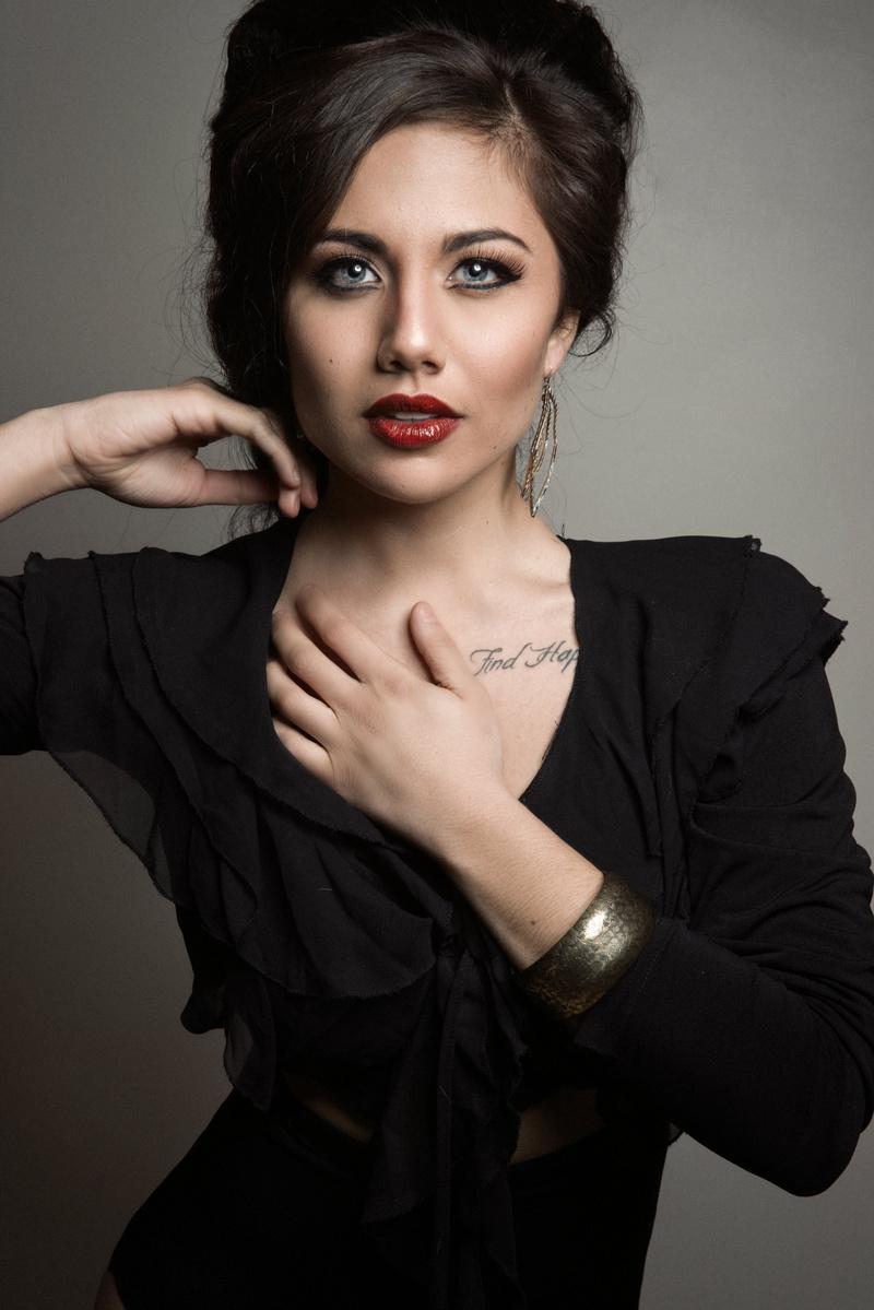 Female model photo shoot of kalibwells