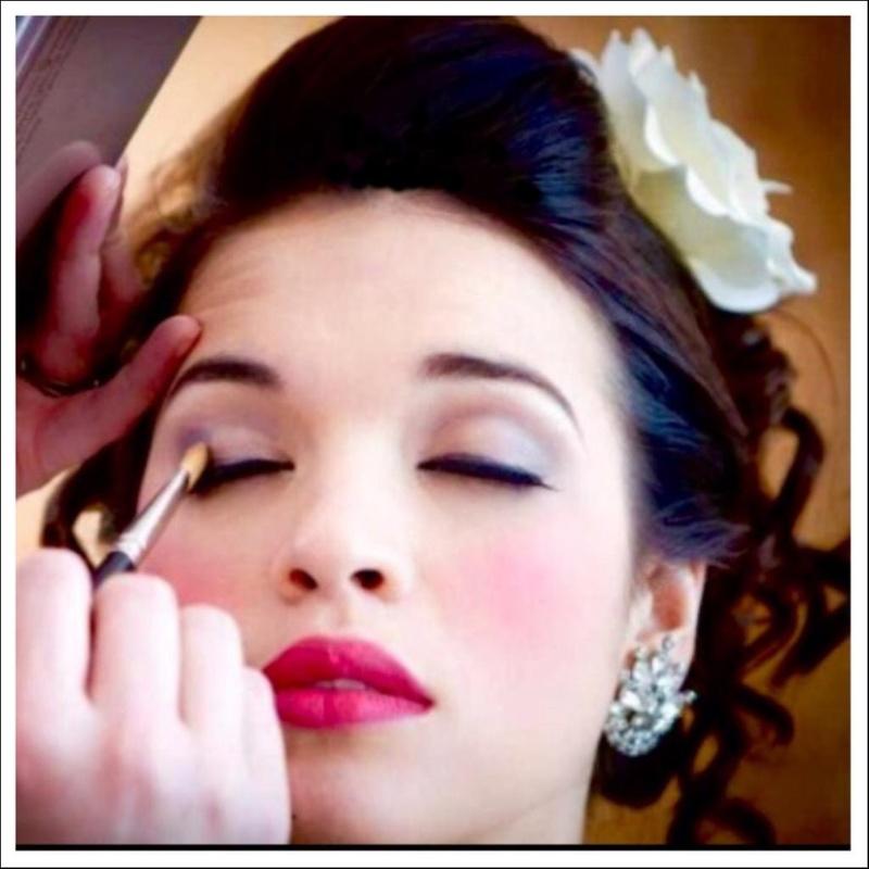 Female model photo shoot of hughann michaels