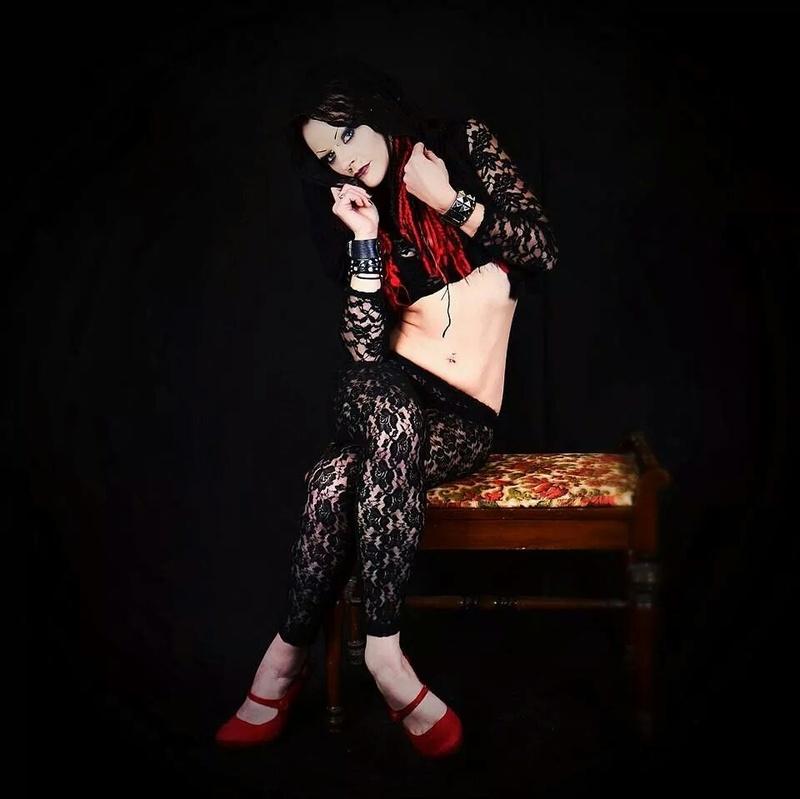Female model photo shoot of JessicaRenae