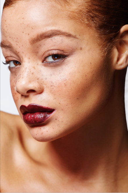 Female model photo shoot of Melanie B