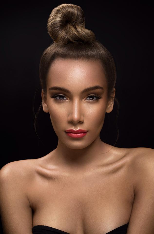Female model photo shoot of J Lynne Harris in Philadelphia, PA, hair styled by dominique nicole, makeup by ShatayaMUA