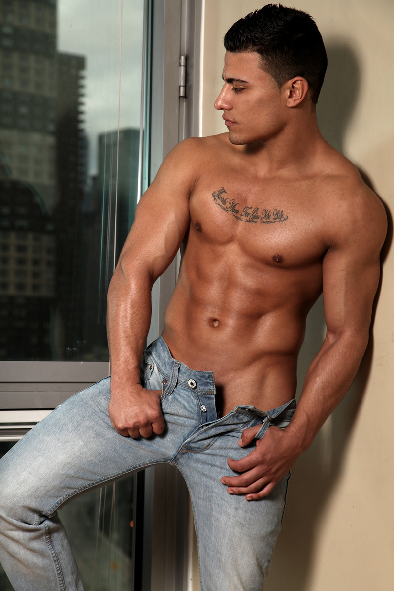 Picture About Male Model ANGELFIT from New York, US