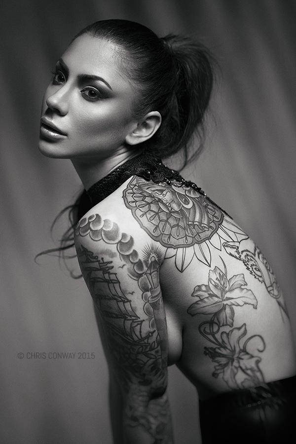 Female model photo shoot of Kristina Labahn