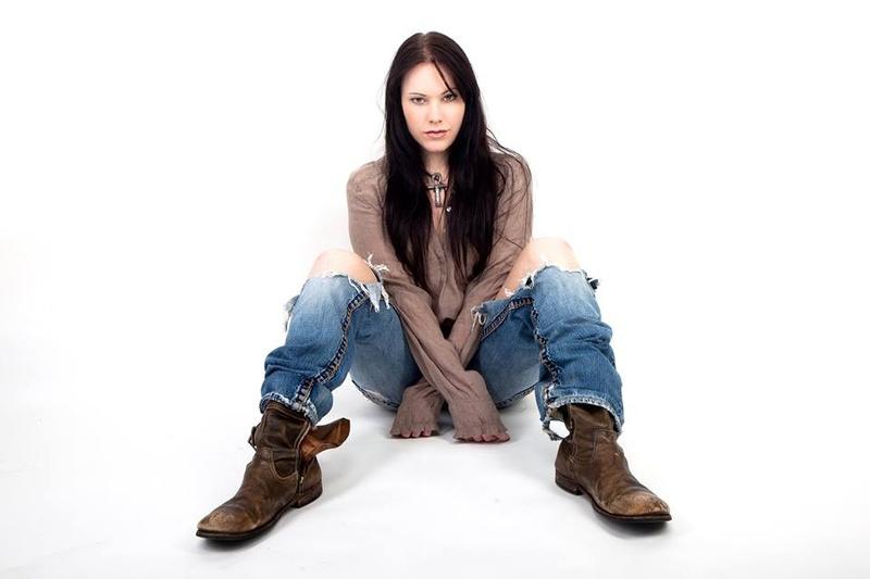 Female model photo shoot of Samira Gray