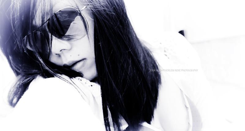 Female model photo shoot of Ary Jyee by Jwwrose