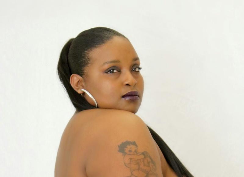 Female model photo shoot of MzDannieBoo