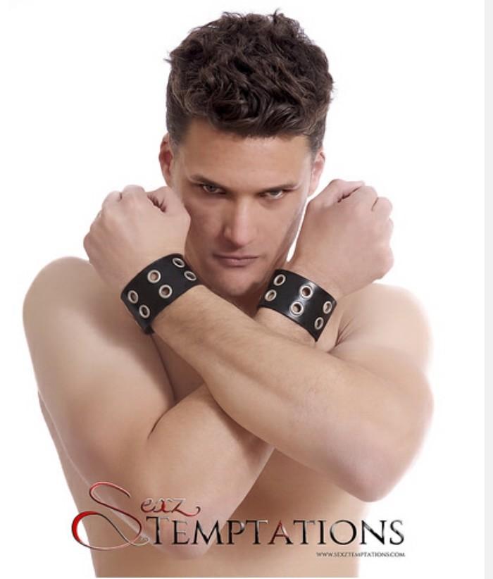 Male model photo shoot of Daimon4u by Randi Scott Photography in Brantford