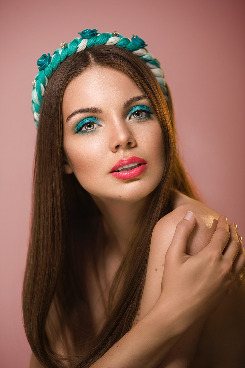 Female model photo shoot of Tarah_Loong in Nikolaev, retouched by Nata Inevatkina
