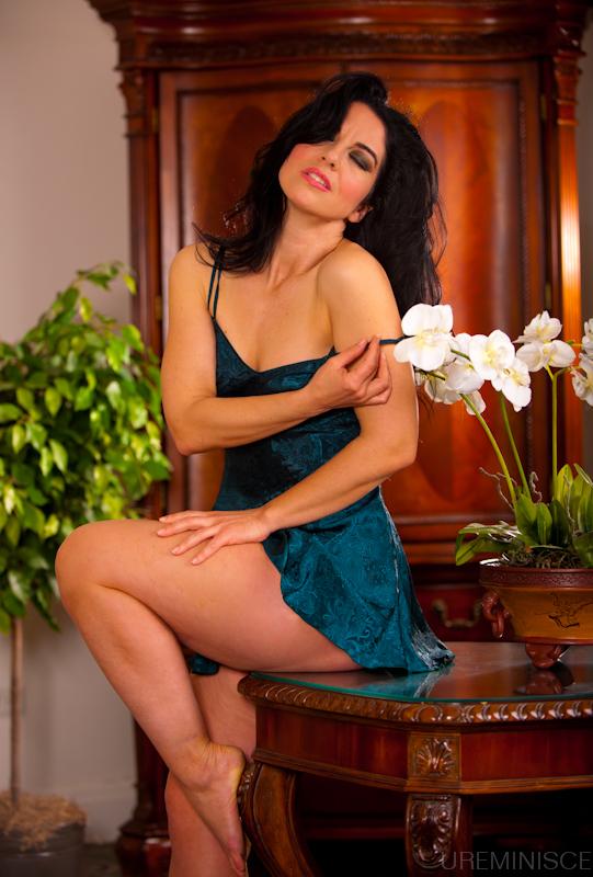 http://photos.modelmayhem.com/photos/150427/15/553eb601c8913.jpg