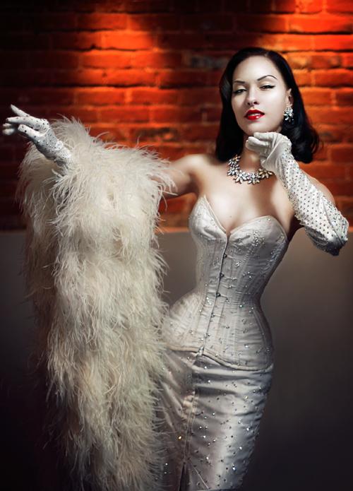 Female model photo shoot of Miss Orchid Mei