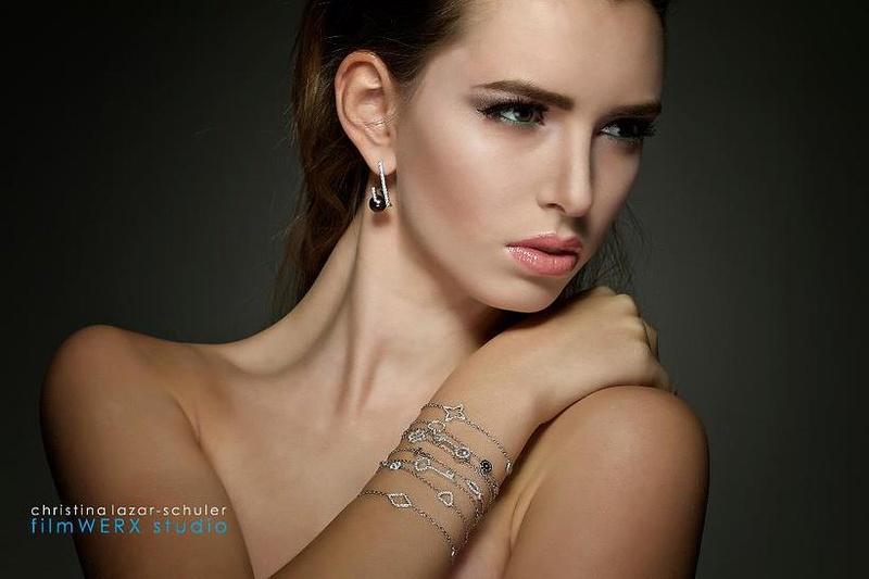 Female model photo shoot of Elena Ismail