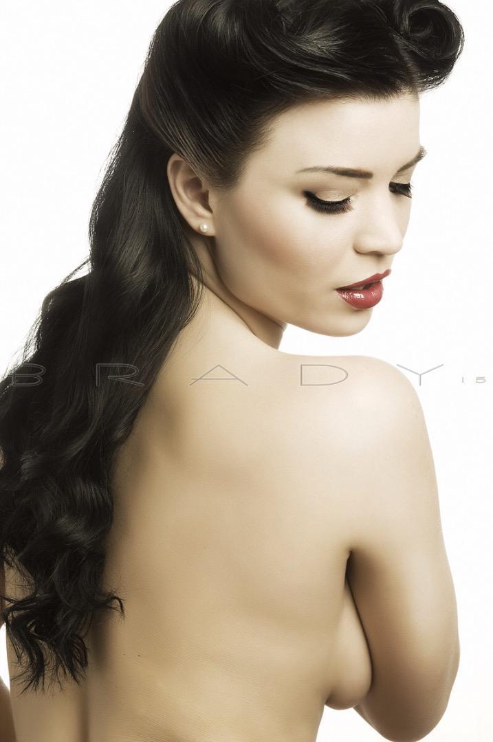 Female model photo shoot of Beauty By Artistwebb