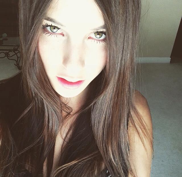 Female model photo shoot of Laurel Rene