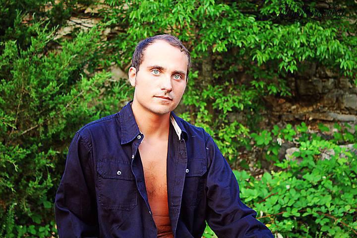 Male model photo shoot of KennyMoore