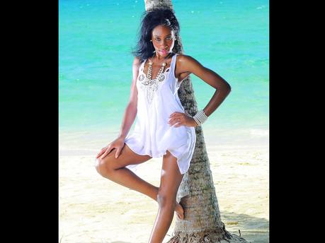 Female model photo shoot of Keneisha Mitchell