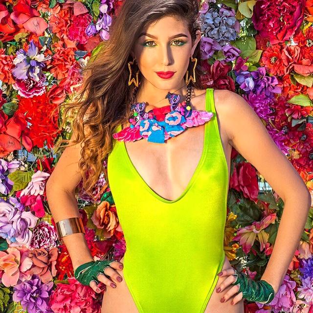 Female model photo shoot of Jade Antonie