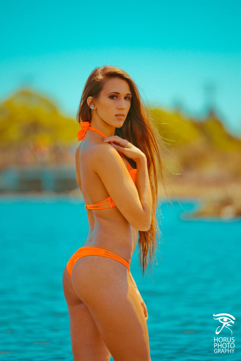 Female model photo shoot of CheyenneT