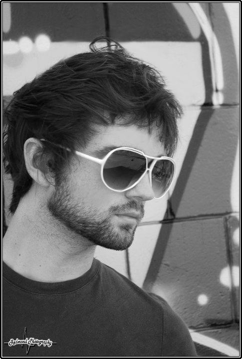 Male model photo shoot of Andrew Fox