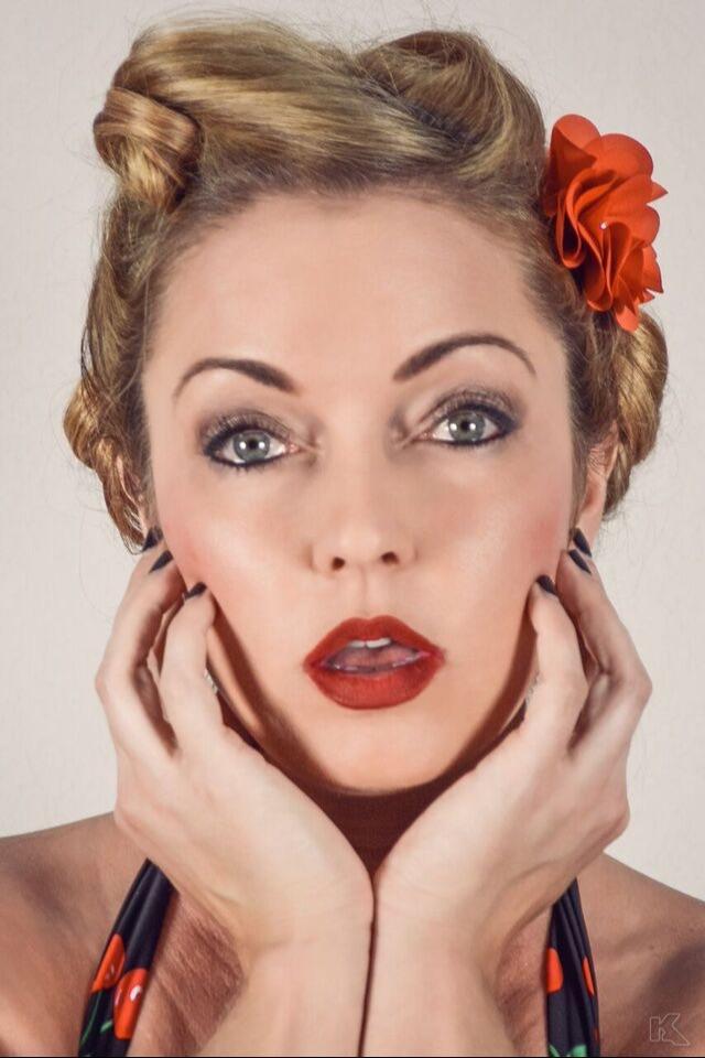 Female model photo shoot of Lana Laine