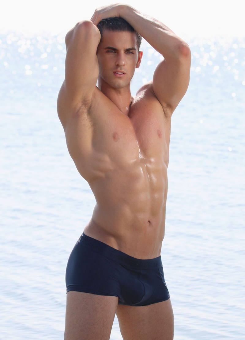 Male model photo shoot of Andrew caban